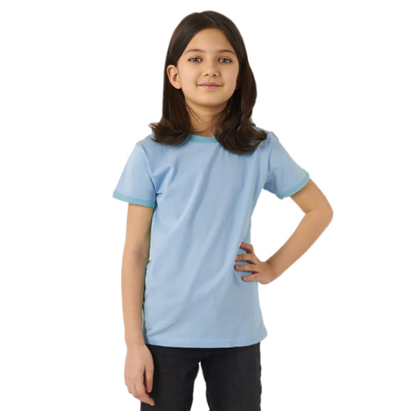 Однотонная футболка